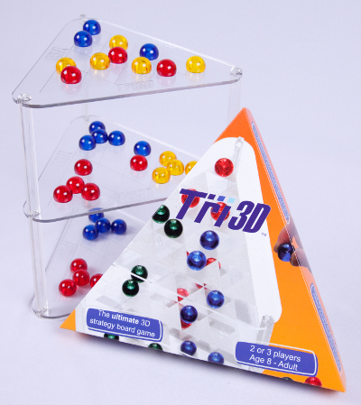 Tri 3D - the ultimate 3D strategy board game and triangular box